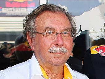 """Renault выставит """"Лотусу"""" счет за использование двигателей"""