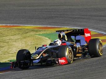 Кими Райкконен стал быстрейшим в первый день тестов Формулы-1