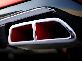"""Компания Peugeot показала кусочек """"заряженного"""" хэтчбека 208"""