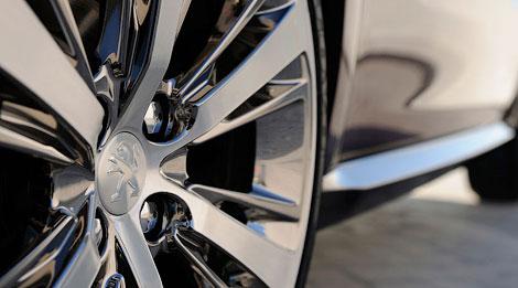 На моторшоу компания покажет свой ответ на хэтчбек Citroen DS3. Фото 4