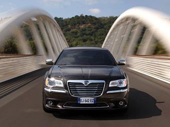 У большого седана Lancia появится полный привод