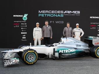 Новый болид Mercedes AMG стал сложнее предшественника