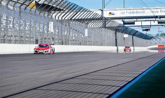 Примеряем на себя комбинезон пилота Audi R8 LMS