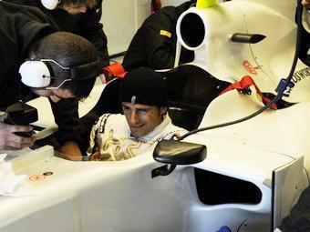 Команда HRT начнет сезон Формулы-1 без системы KERS