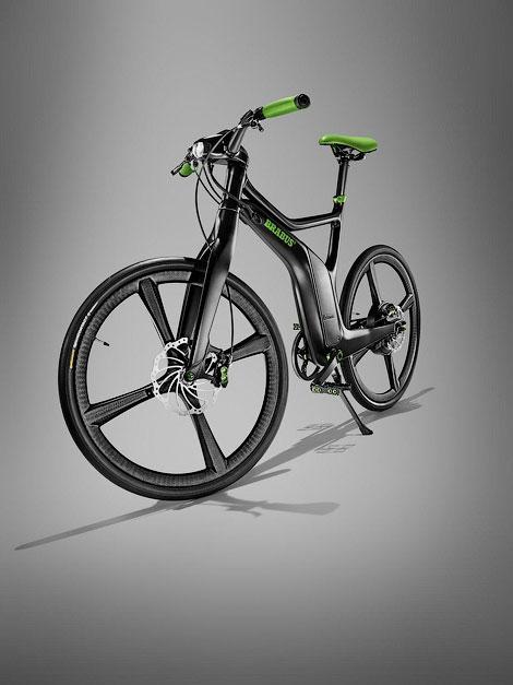 Ателье покажет на моторшоу тюнинговые версии хэтчбека ForTwo и велосипеда ebike. Фото 3