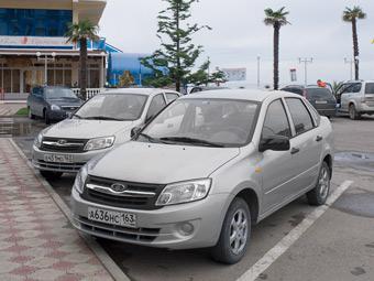 Россияне приобрели 8600 седанов Lada Granta