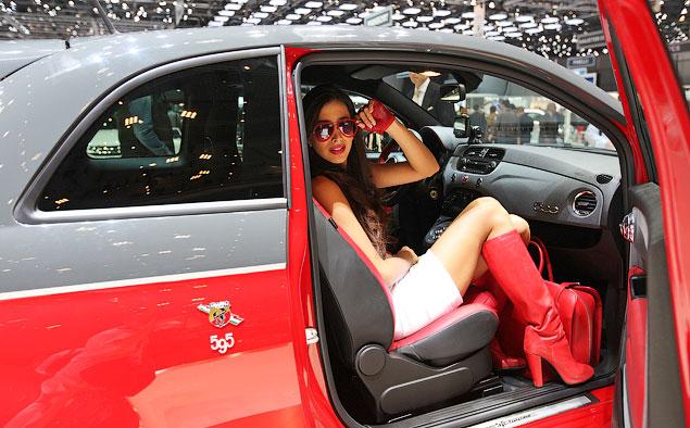 Прямой репортаж с автовыставки в Женеве