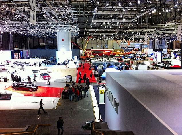 Прямой репортаж с автовыставки в Женеве. Фото 38