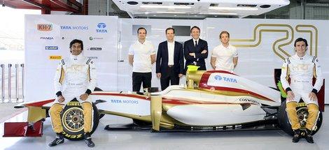 В первый раз за трехлетнюю историю испанского гоночного коллектива автомобиль дебютировал до старта чемпионата мира. Фото 2