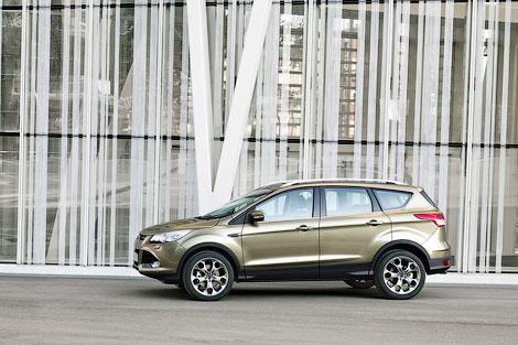 Кроссовер Ford Kuga получил большой багажник и новую систему полного привода