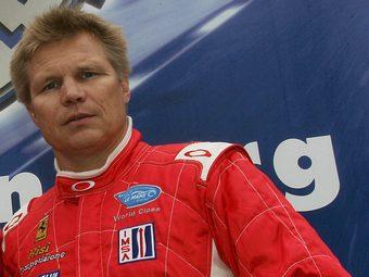 Команда Ferrari пригласила на тесты Формулы-1 45-летнего Мику Сало