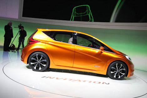 Серийный вариант концепт-кара Nissan Invitation появится в 2013 году