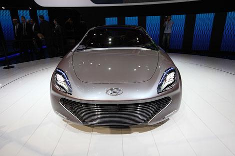 Дизайн новых Hyundai продемонстрировали на гибридном концепте i-oniq. Фото 2