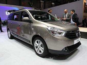 Первая мультимедийная система Dacia появилась на дешевом компактвэне