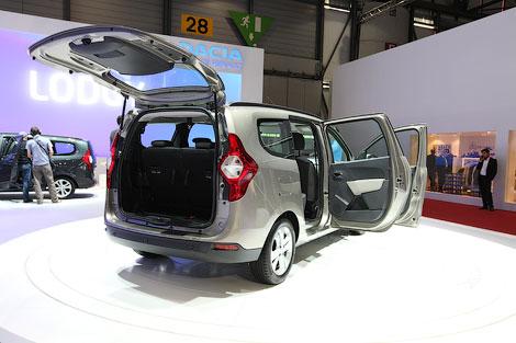 Цены на модель Lodgy будут начинаться от 9,9 тысячи евро. Фото 1