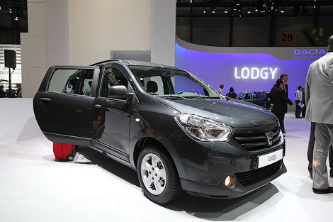 Цены на модель Lodgy будут начинаться от 9,9 тысячи евро. Фото 2