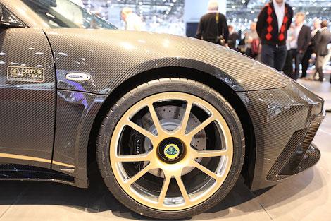 Британский производитель показал специальную версию 444-сильного купе Evora GTE