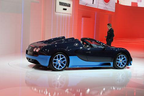"""Компания Bugatti сообщила динамические характеристики самого мощного открытого """"Вейрона"""""""
