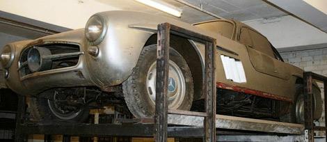 Ржавый Mercedes-Benz 300SL Gullwing выставили на продажу