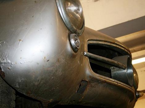 Ржавый Mercedes-Benz 300SL Gullwing выставили на продажу. Фото 2