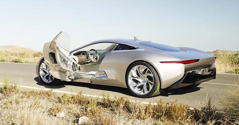 Компания Jaguar и команда Формулы-1 Williams продолжают разработку гибридного суперкара