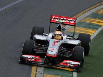 Льюис Хэмилтон показал лучшее время в тренировке Гран-при Австралии