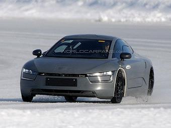 VW начал готовить к серии сверхэкономичный гибрид