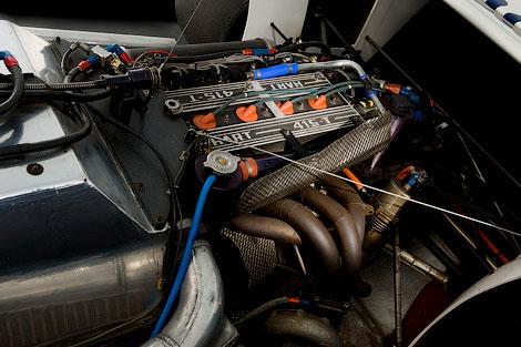На аукционе продадут автомобиль Формулы-1, на котором пилот выступал в своем дебютном сезоне. Фото 2