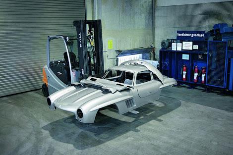 Компания запретила строить копии спорткара без своего разрешения