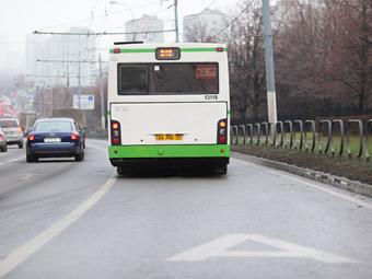 Водителям разрешат ездить по автобусным полосам с 31 марта