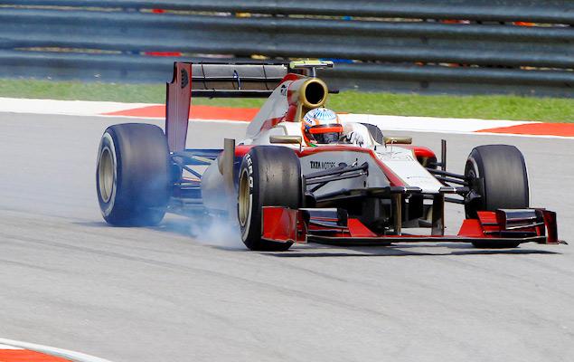 Фернандо Алонсо выиграл дождевой Гран-при Малайзии. Фото 2