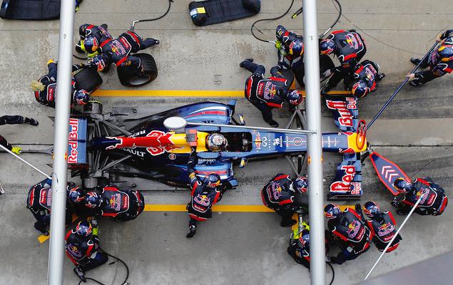Фернандо Алонсо выиграл дождевой Гран-при Малайзии. Фото 7