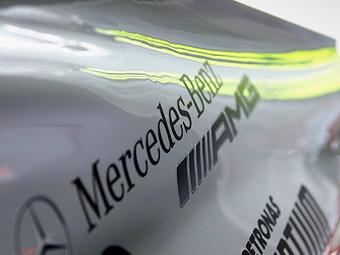 Компания Mercedes-Benz собирается судиться с Берни Экклстоуном