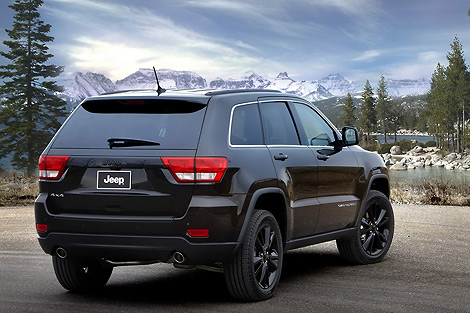 """Новую модификацию Jeep Grand Cherokee, Compass и Patriot назвали """"высотой"""""""