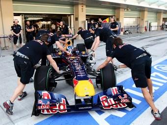 Команды Формулы-1 задумались о переносе тестов для молодых пилотов