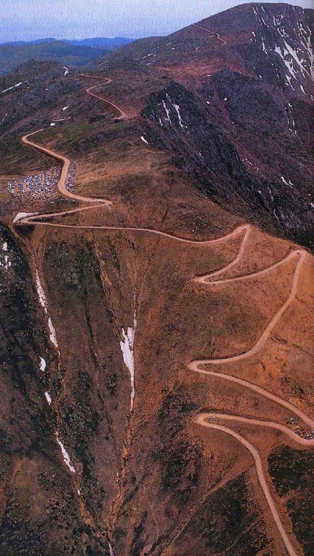 История автомобиля, который едва не выиграл Pikes Peak. Фото 5