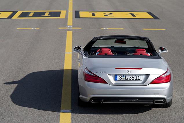 Чему научился Mercedes-Benz SL за шестьдесят лет. Фото 1