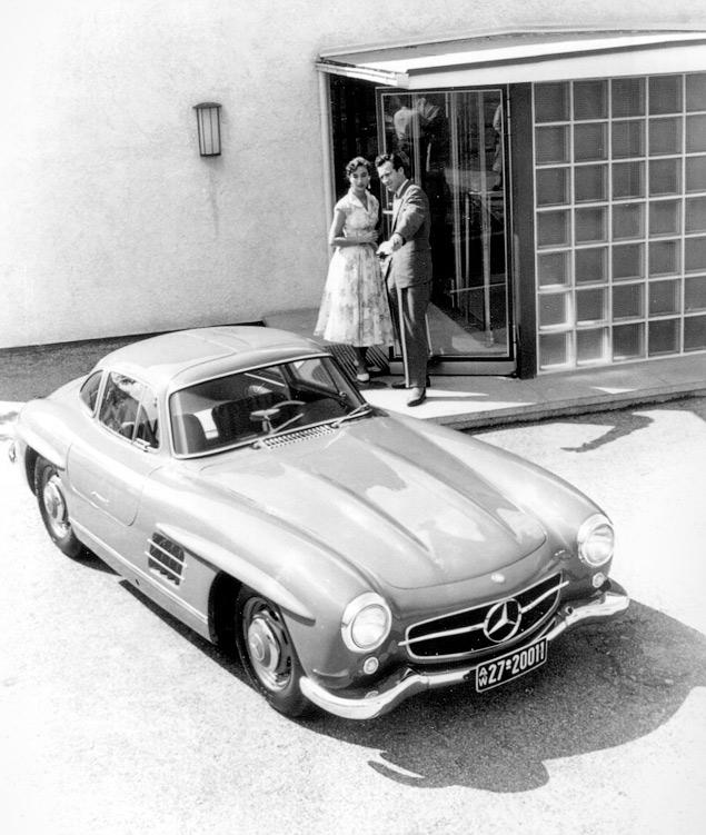Чему научился Mercedes-Benz SL за шестьдесят лет. Фото 8