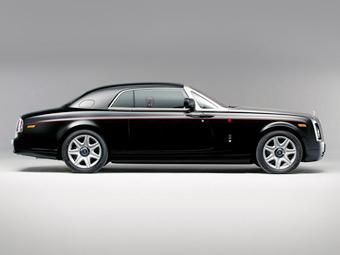 Rolls-Royce назвал уникальное купе Phantom в честь арабского скакуна