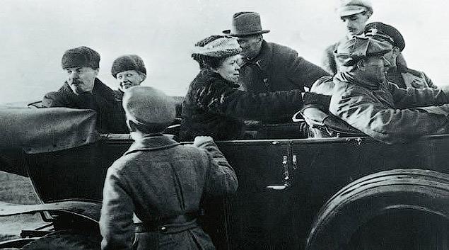 Все об автомобилях лидера Октябрьской революции. Фото 7