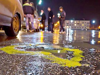 Тольяттинские водители раскрасили городские ямы