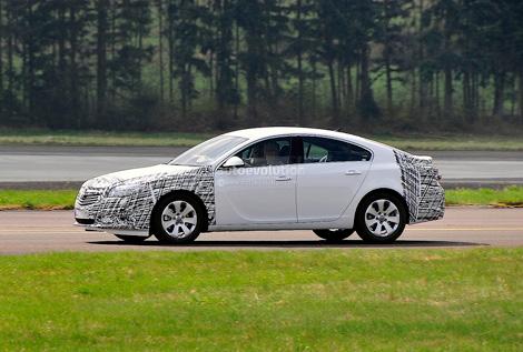 У модели слегка поменяется дизайн передней и задней частей кузова. Фото 1