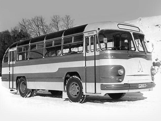Какой транспорт возил Юрия Гагарина