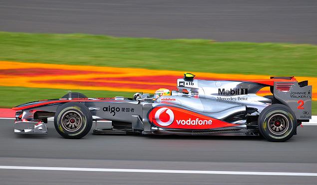 Почему воздуховоды болидов Mercedes испугали конкурентов. Фото 1