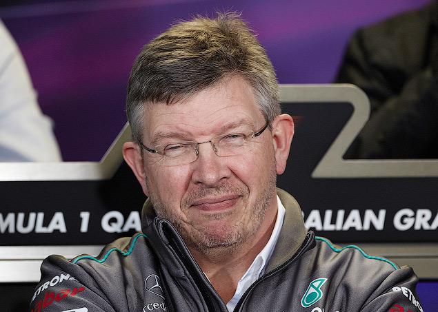 Почему воздуховоды болидов Mercedes испугали конкурентов. Фото 5