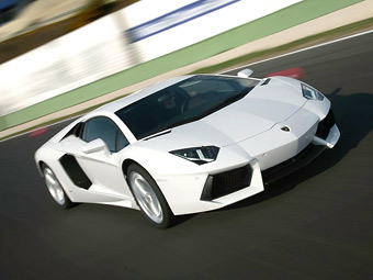 Объявлены рублевые цены на суперкары Lamborghini