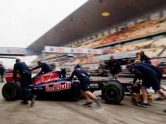 Жан-Эрик Вернь начнет Гран-при Китая с пит-лейна