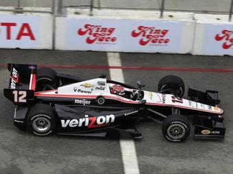 Экономия топлива помогла Пауэру выиграть вторую гонку INDYCAR подряд