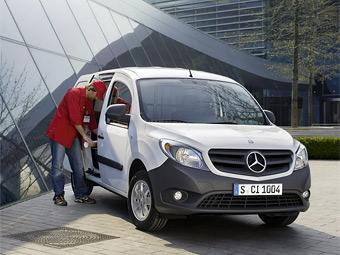 Mercedes-Benz представил первую модель на базе Renault