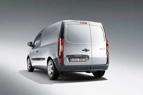 Концерн Daimler разработал вместе с Renault-Nissan компактный фургон. Фото 1